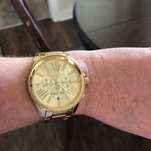Gold Michael Kors watch used but flawless!